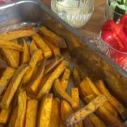 Pittige Zoete Aardappel Patat uit de Oven