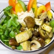 Halloumi Salade met Champignons en Groenten