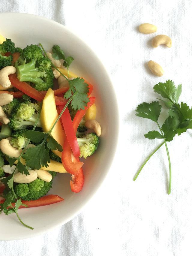 broccoli-mangosalade