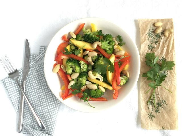 broccoli mango salade
