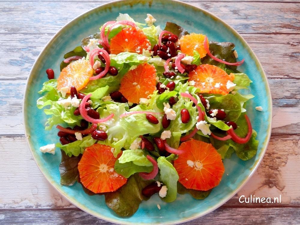Salade met bloedsinaasappels kidneybonen en geitenkaas (Copy)