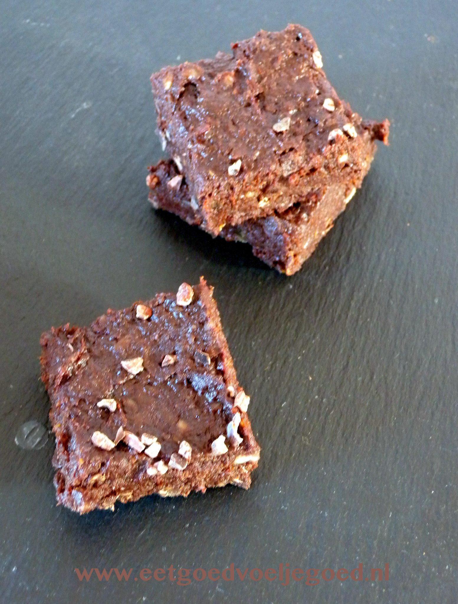 Cacao Nibs Brownies