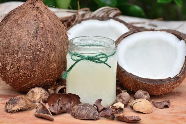 gezichtsverzorging met kokosolie