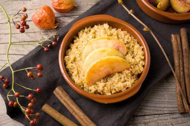 Appeltaart quinoa ontbijt
