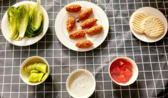 Turkse mercimek köfte met vegan tzatziki