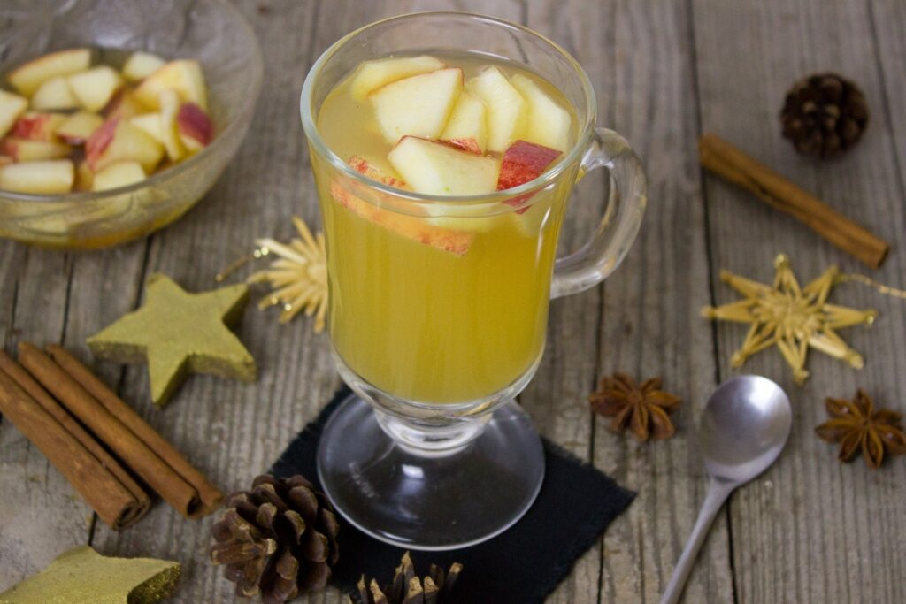 Warme, kruidige appelcider